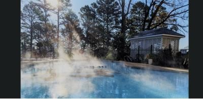 New Moon Spa Relaxation Hot Pool